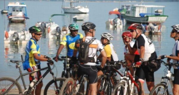 Búzios recebe maior desafio de mountain bike do mundo