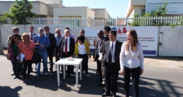 OAB protesta contra quatro anos de paralisação das obras do fórum de Arraial