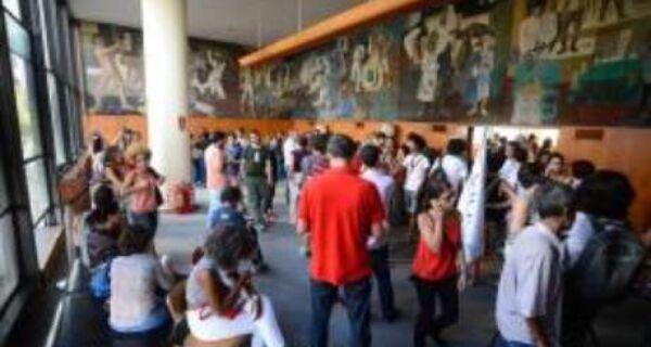 Volta do Ministério da Cultura é vista com cautela por classe artística
