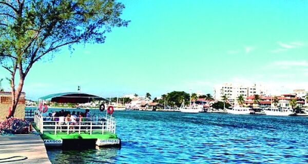 Moradores da Gamboa pedem volta de barca
