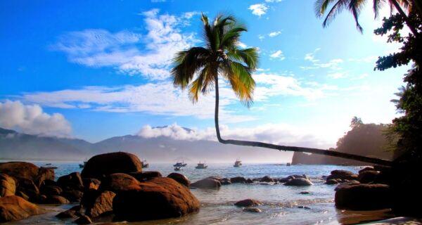 Ilha Grande poderá cobrar entrada de turistas e restringir número de visitantes