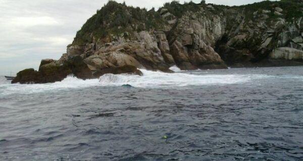 Bombeiros retomam buscas a mergulhador desaparecido em Búzios