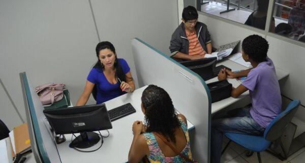 Banco de empregos em Rio das Ostras tem 130 vagas abertas