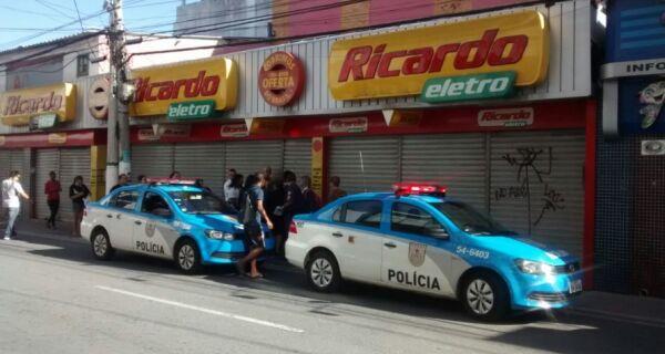 Ricardo Eletro é roubada e tem prejuízo de R$ 300 mil