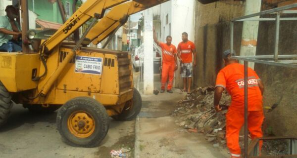 Após protestos no Jacaré, Alair anuncia mutirão de limpeza na cidade