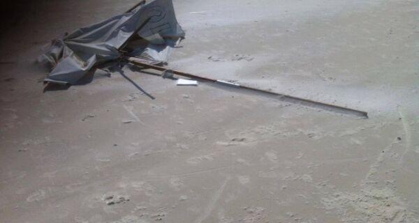 Vendaval causa pânico na Praia do Forte