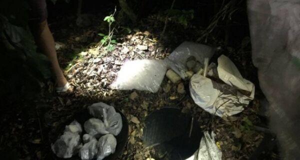 Homem é preso com tonel de drogas em Cabo Frio