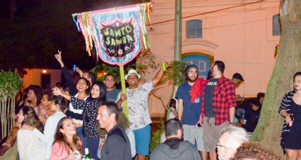 Santo Samba comemora quatro anos com grande festa na Passagem