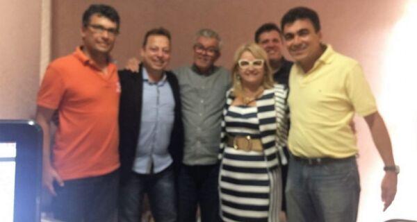 Shirlei desiste de candidatura para apoiar Mirinho Braga