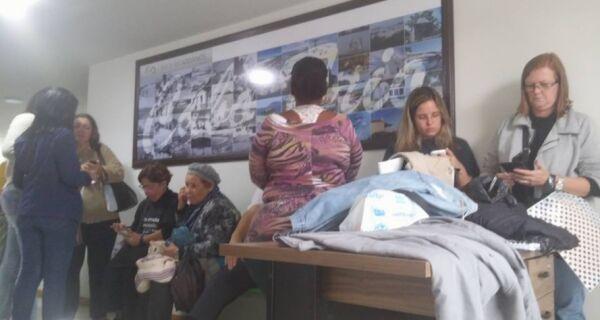Servidores ocupam sede da Fazenda