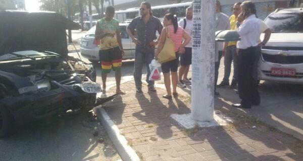 Acidente tumultua trânsito próximo à rodoviária