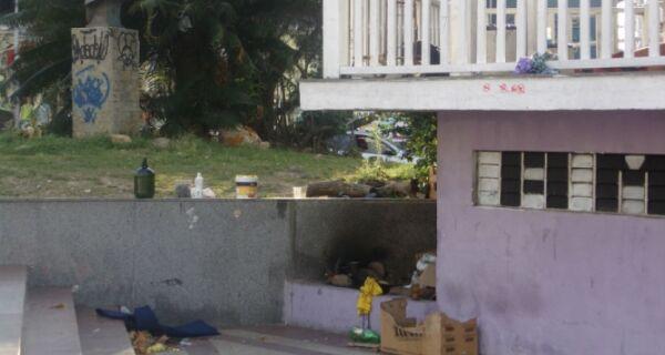 Andarilhos acampam e fazem churrasco em plena Porto Rocha