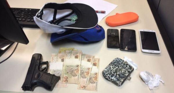 Polícia prende suspeitos de fazer arrastão perto de shopping