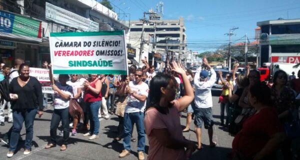 Dia do Servidor será marcado por protestos
