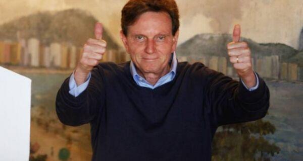 Com 100% das urnas apuradas, Crivella é eleito no Rio