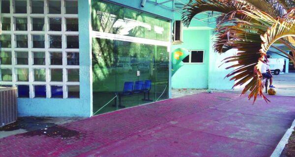 Dívidas e cortes prejudicam serviços na região