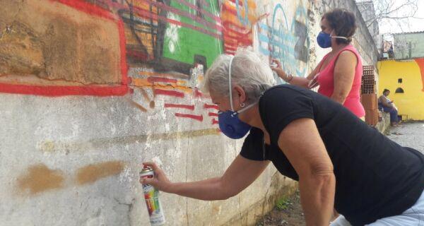 A arte além do centro de Cabo Frio