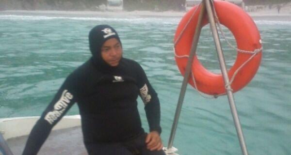 Jorginho Mergulhador diz que mar está muito alto e buscas são prejudicadas