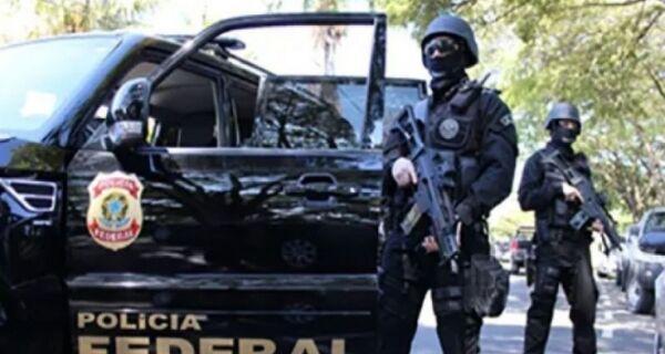 Polícia Federal prende homem em Araruama