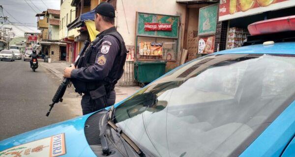 Polícia contra-ataca o tráfico de drogas