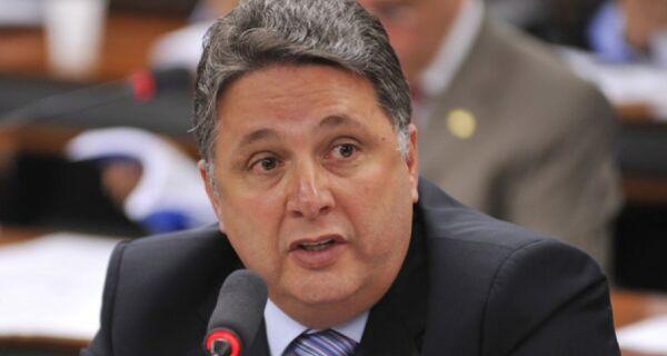 TSE revoga prisão do ex-governador Anthony Garotinho