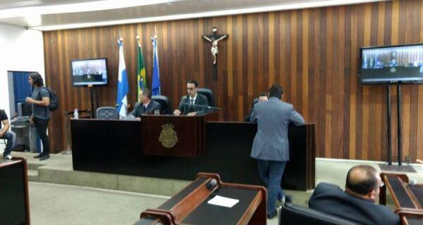 Segundo a Câmara, projeto de criação de cargos está nas mãos de Marcello Corrêa