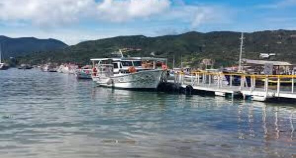 Donos de barco de Arraial do Cabo vão entrar na Justiça