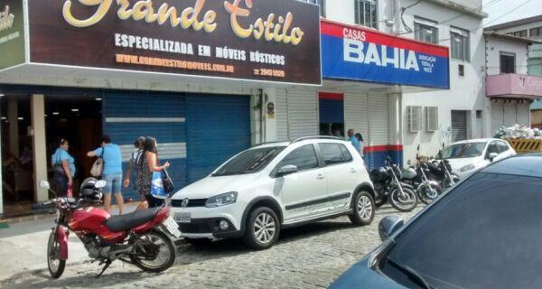 Ladrões invadem lojas no Centro de Cabo Frio