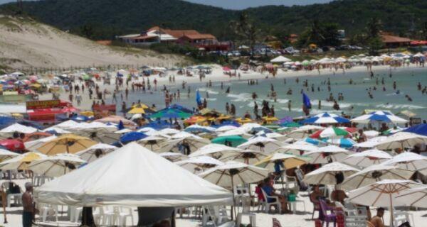Verão começa com sol e anima o setor hoteleiro em Cabo Frio