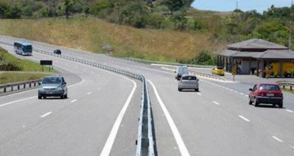 ViaLagos prevê movimento com 221 mil carros até dia dois
