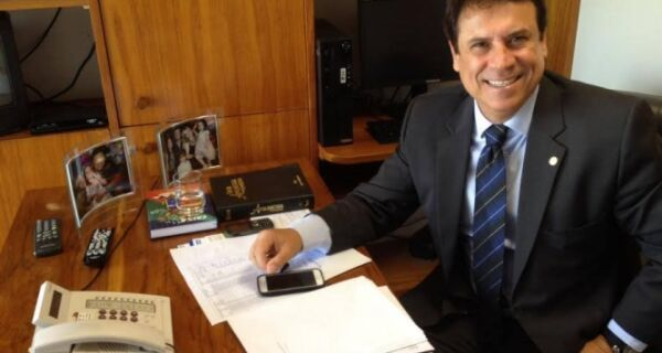 Marquinho toma posse como prefeito neste domingo (1)
