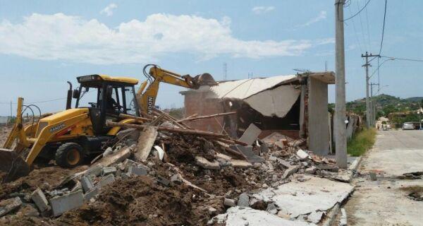 Prefeitura de Cabo Frio retoma terreno que havia sido invadido no bairro Colinas do Peró