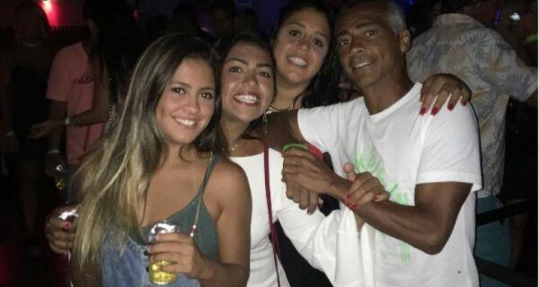 Romário comemora aniversário de 51 anos em Búzios