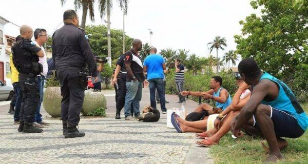 Flanelinha detido em ação da Prefeitura de Cabo Frio era foragido da Polícia