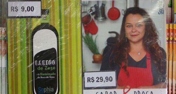 Livros 'Sabor e Prosa' e 'Larico de Zezé' à venda nas bancas