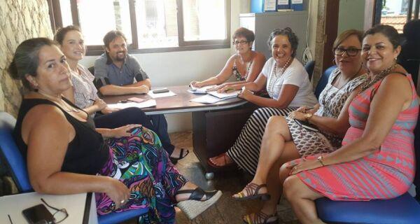 Chamada de concursados da Educação de Cabo Frio entra na pauta do governo