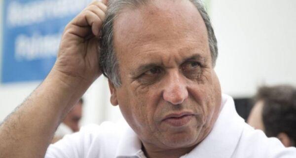 Ministério Público entra com ação de improbidade contra governador Pezão
