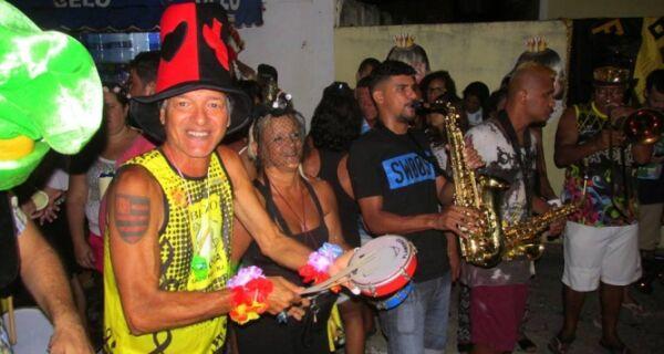 Parókia e Perocão são os destaques da terça-feira de Carnaval
