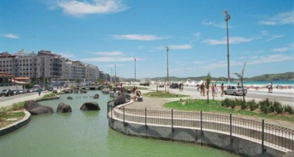 Rachadura na Praça das Águas dá prejuízo mensal de R$ 92 mil