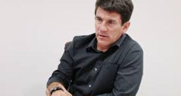 Ex-vereador pede impeachment de André Granado