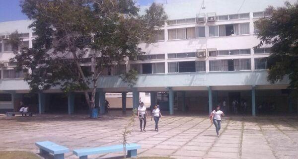 Possível destino de alunos do Ensino Médio municipal necessita de manutenção