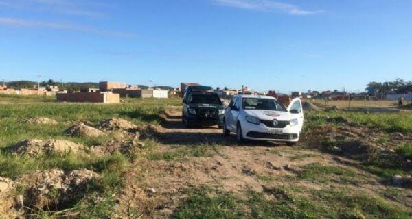 Prefeitura flagra loteamento e construções irregulares nos bairros Monte Alegre I e II