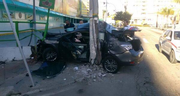 Acidente grave na Avenida Julia Kubistchek, em Cabo Frio