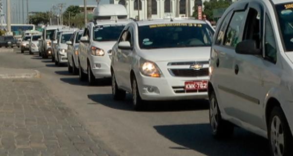 Taxistas vencem na Câmara Federal e agora Senado decide sobre a legalidade do Uber no Brasil