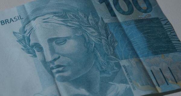 Governo quer reajustar salário mínimo em 2018