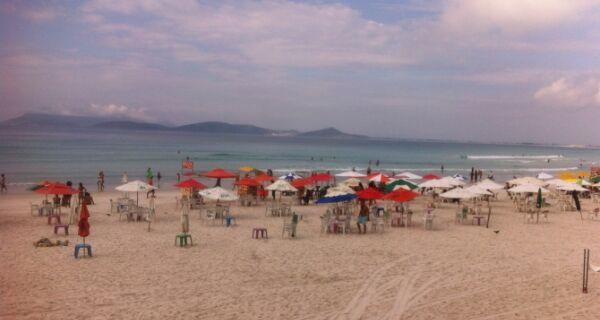 Recadastramento de ambulantes na Praia do Forte começa em até 20 dias