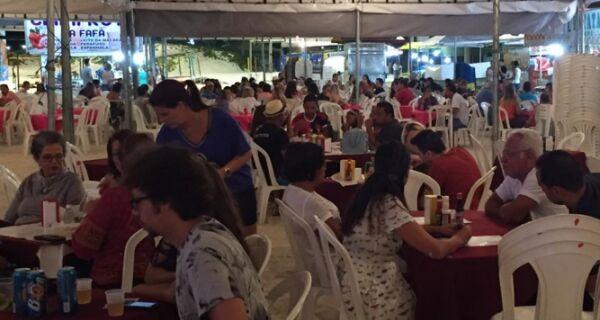 Preços cobrados no Festival da Lula de Arraial são motivo de críticas