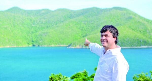 Livro sobre queda do dirigível será lançado em Arraial do Cabo