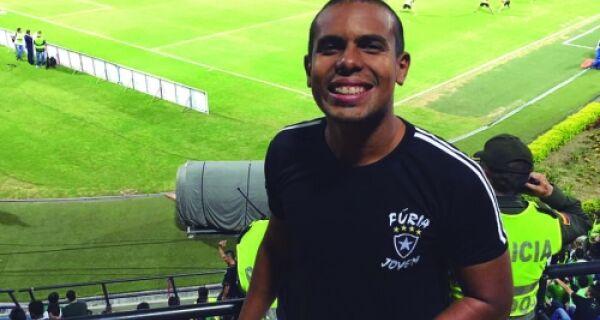 Aldeense cruza fronteiras para acompanhar Botafogo na Libertadores