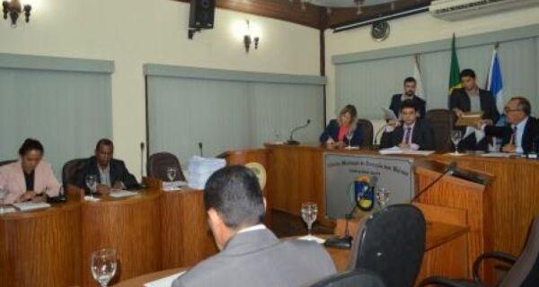 Câmara de Búzios decide nesta quinta (1º) se abre impeachment contra Granado